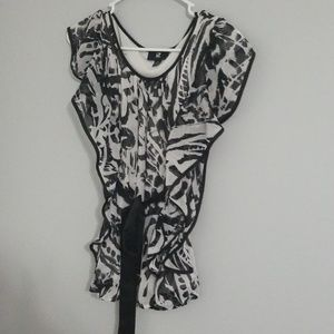 Sleveless belted blouse, size S, black/white